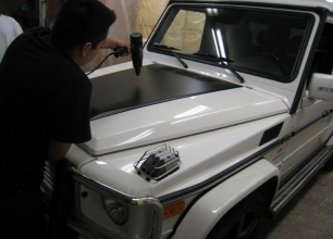 Mercedes-Hood-Accent2